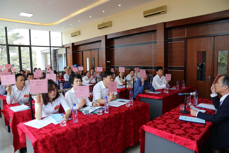 Công ty CP Than Hà Tu: Tổ chức thành công Đại hội đồng cổ đông thường niên năm 2018