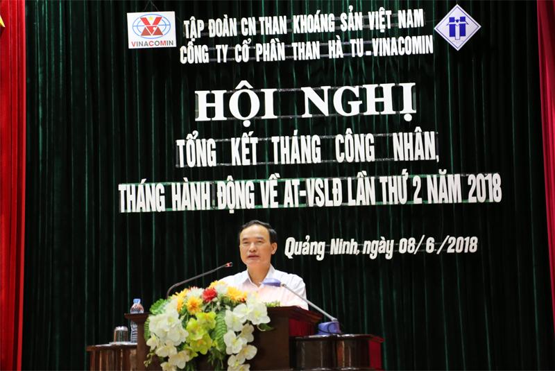 Đ/c: Trần Danh Chức- Ủy viên đoàn chủ tịch- Chủ tịch Liên đoàn Lao động tỉnh Quảng Ninh, phát biểu tại Hội nghị Tổng kết Tháng Công nhân - Tháng ATVSLĐ năm 2018