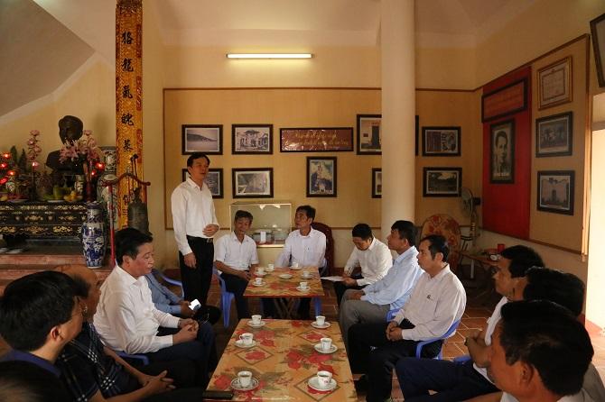Đ.C Nguyễn Việt Thanh- Bí thư Đảng ủy Công ty phát biểu trong buổi gặp mặt với Cán bộ Xã Hải Anh- Hải Hậu- Nam Định